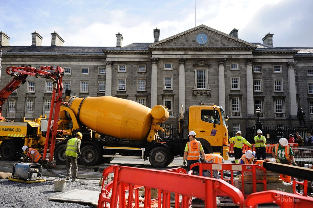 Luas cross City Construction outside Trinity College
