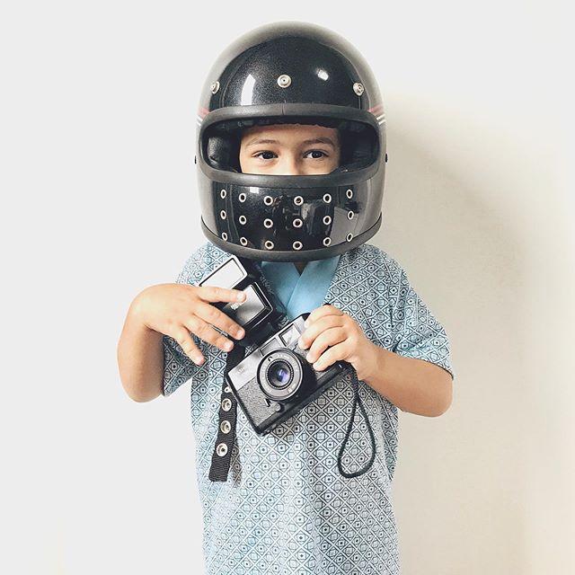 Se tem como começar o Domingo MELHOR, eu desconheço. Nosso motociclista/fotógrafo de pijama.