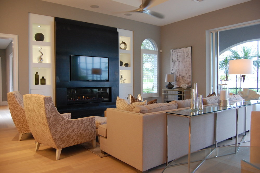 Fireplace & Lounge 3.JPG