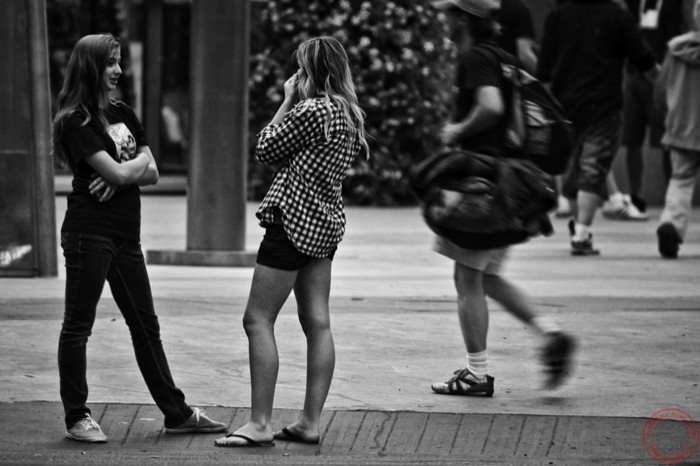 Which is nice but it does not go along my view of reporter style photos here are some shots of unsuspecting people around edmonton downtown enjoy