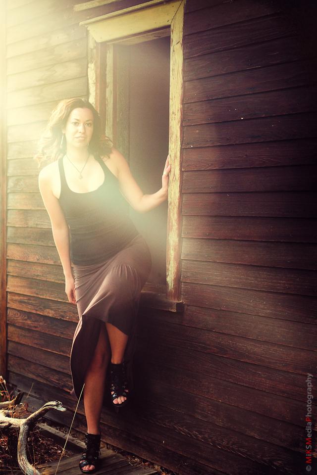 woman,portrait,farm,edmonton lifestyle