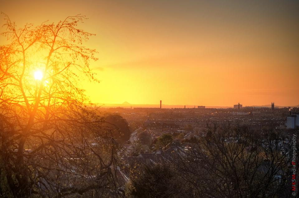 sunrise city landscape edinburgh