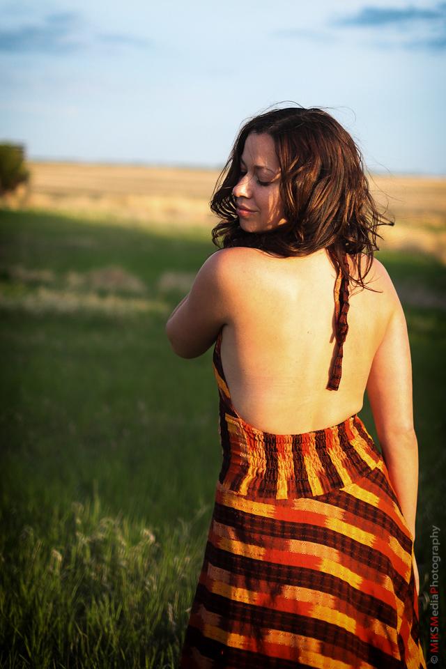woman sexy sunset alberta photographer