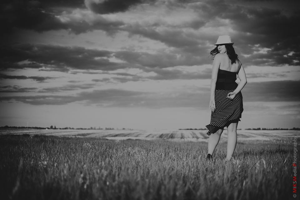 farm landscape woman photography