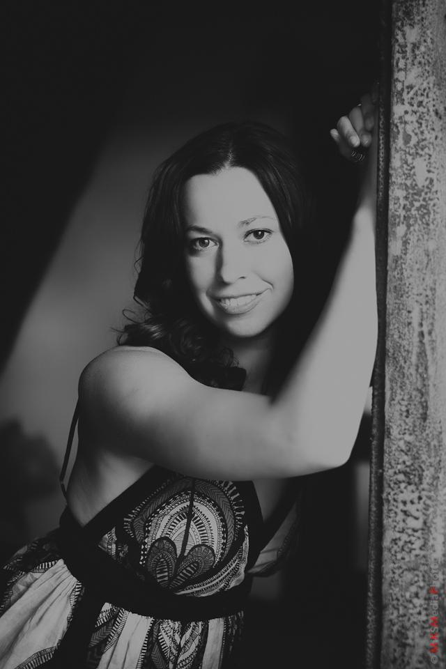 portrait lifestyle woman young photographer
