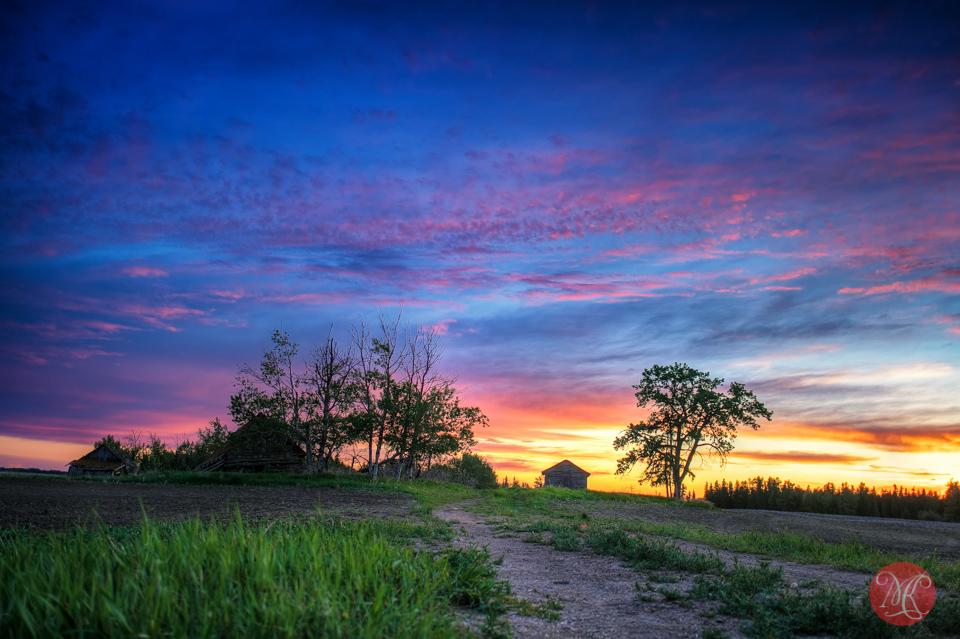 landscape-hdr-sunset-alberta-farm