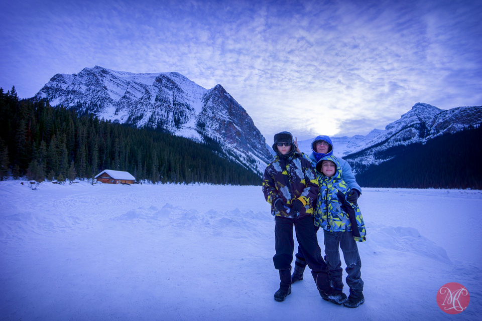 alberta family portrait lake louise winter
