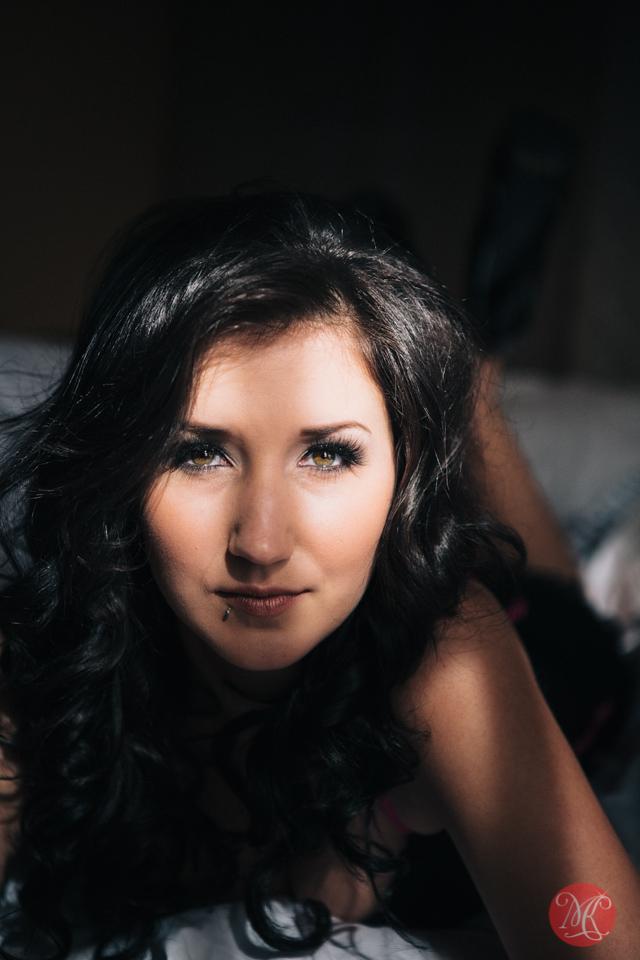edmonton boudoir photography lingerie sexy woman