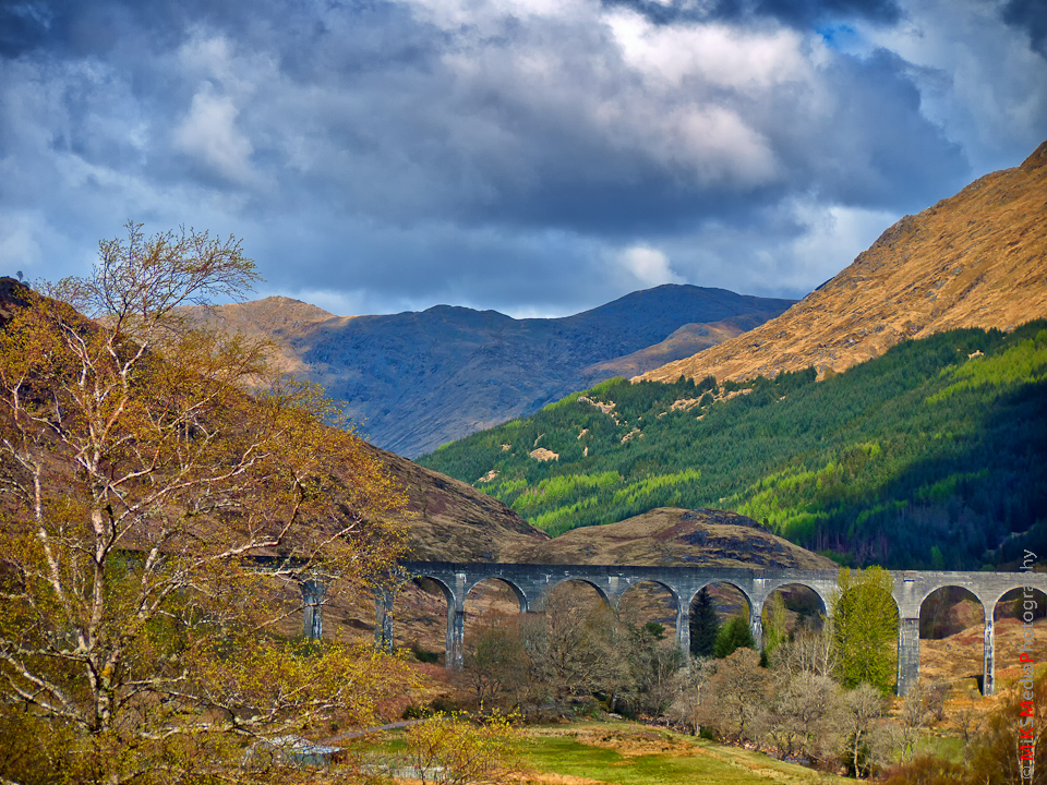 4-scotland-highlands-glenfinnan-mountains-sky-clouds-spring-travel-landscape-nature-viaduct-trees-harry-potter.jpg