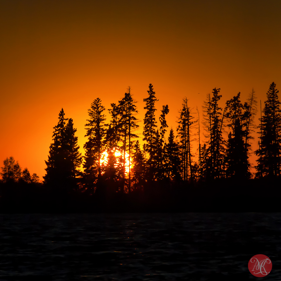 13-canada-alberta-elk-island-national-park-sunset-summer-landscape-astotin-lake.jpg