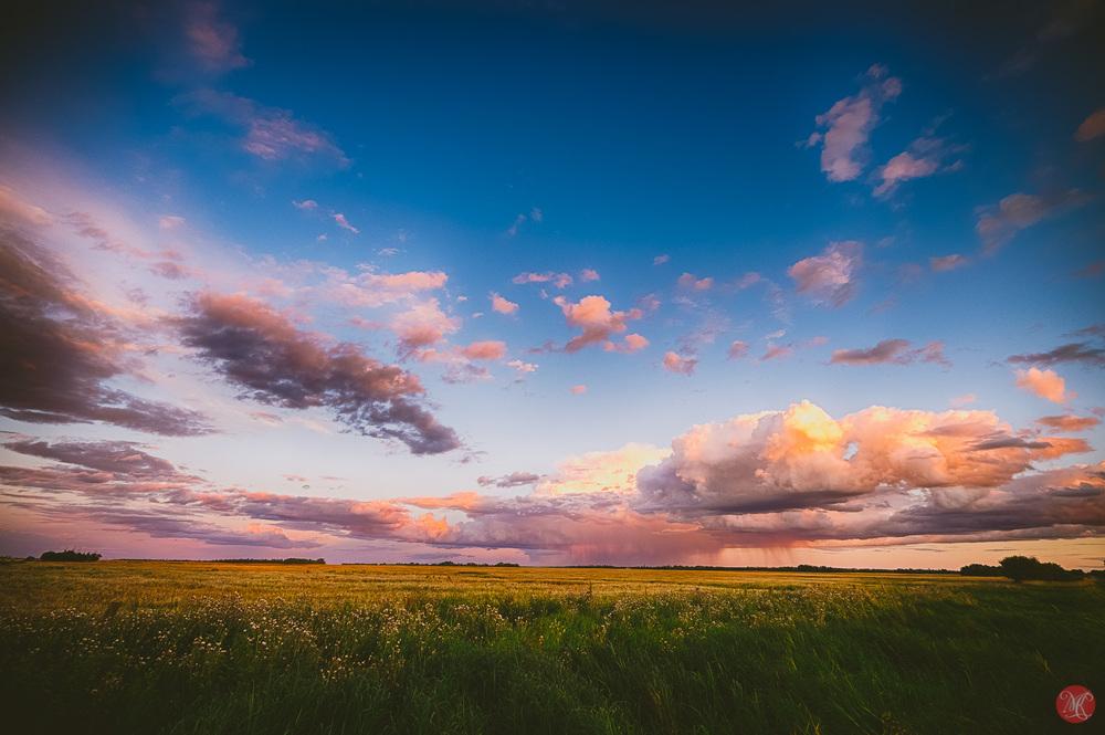 beautiful alberta prairie at sunset