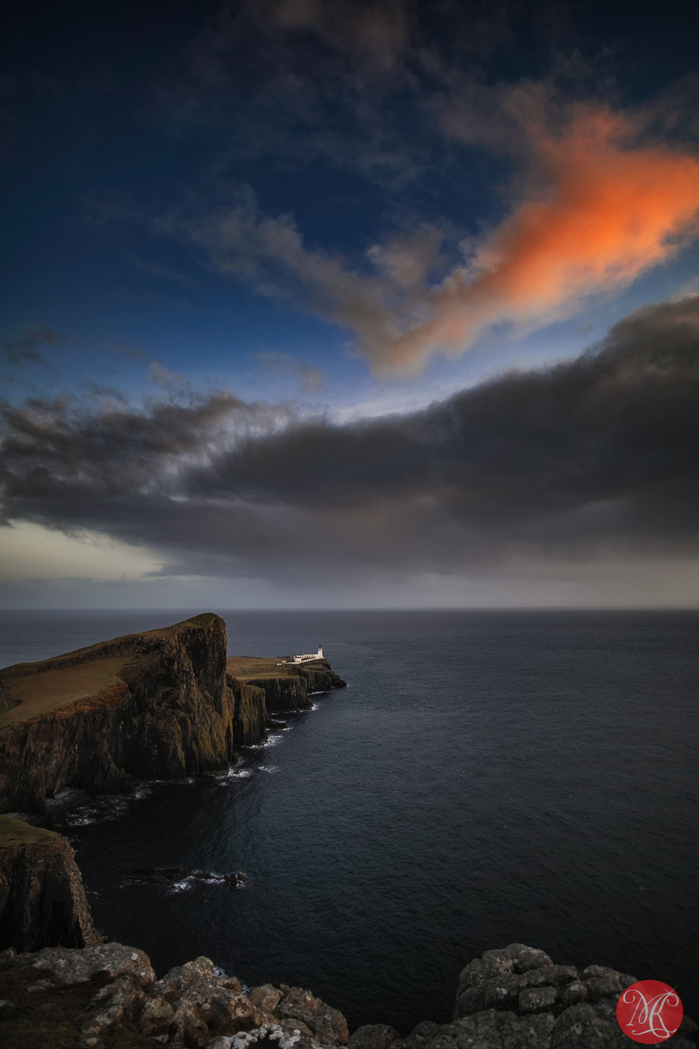 The night is coming to the Neist Point