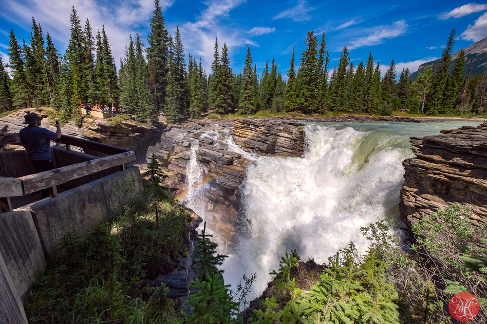 Athabasca Falls, view with a rainbow