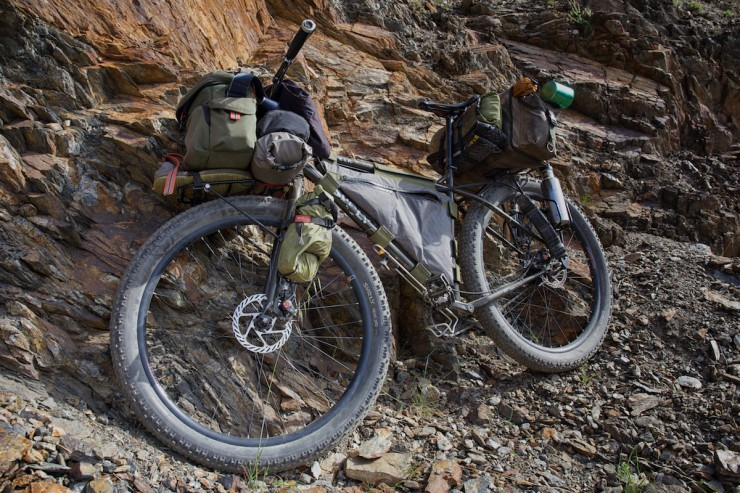 surly, Surly ECR, fat bike, bikepacking, 29er, knards, tarp, pedalingnowhere, whileoutriding, touring bike, touring bikes, bike gear, adventure cycling, ride, cycle routes