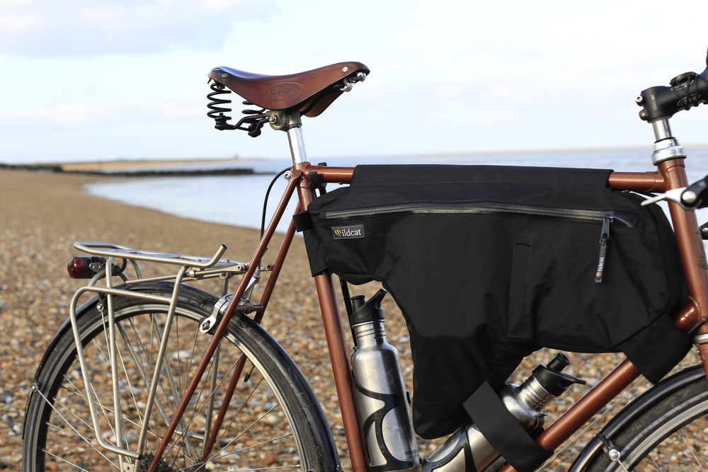 raleigh racer, frame bag, custom tourer, bikepacking, beach, canon, canon 6d, photography, photo