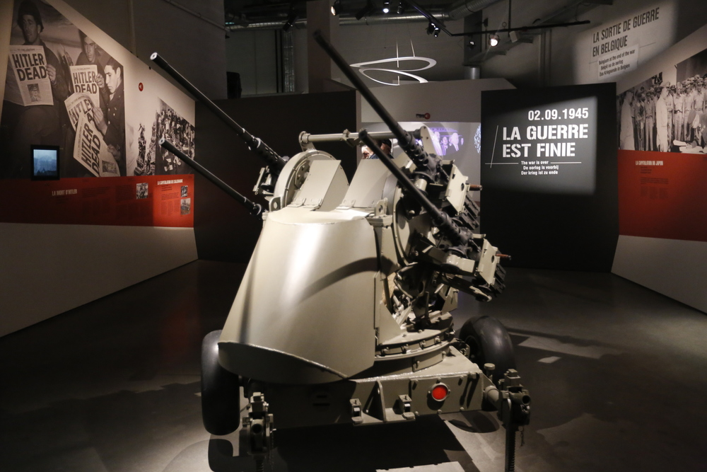 anti aircraft gun, machine gun, bastogne, bastogne belgium, belgium, war museum, WWII, visit belgium, bicycle touring apocalypse