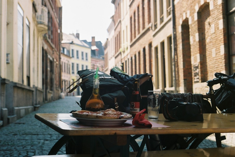Spa, spa belgium, visit belgium, film photography, film blog, 35mm, canon, canon ae-1, street photography, pizza, beer, foodie, food blog, travel, explore, bicycle, bikepacking, cycle touring,