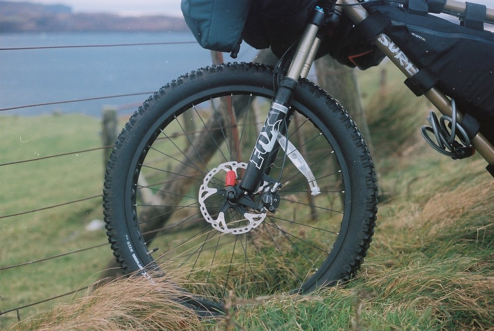 The Instigator's FOX forks performed superbly on Skye's challenging singletrack.