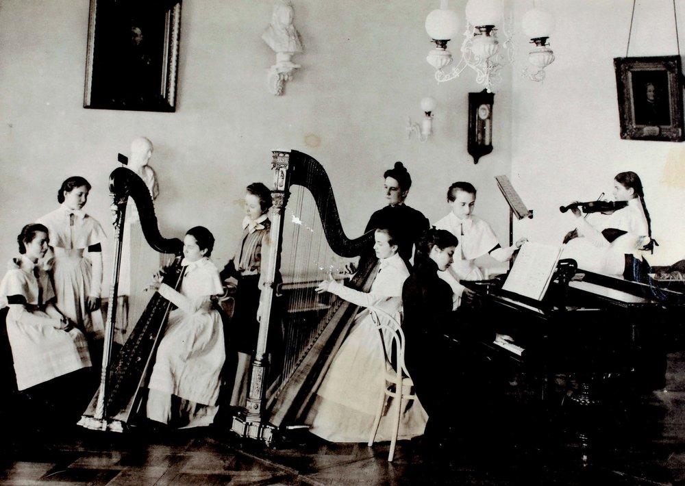 Harp Class