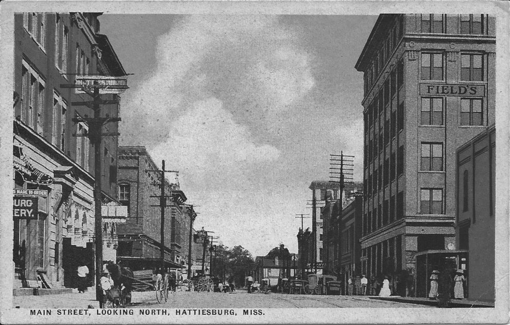 Main Street in Hattiesburg in the early twentieth century.