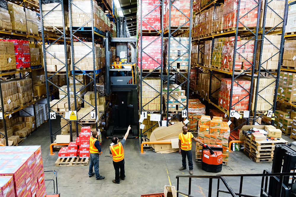 Main Warehouse Capacity:   >3500 pallets