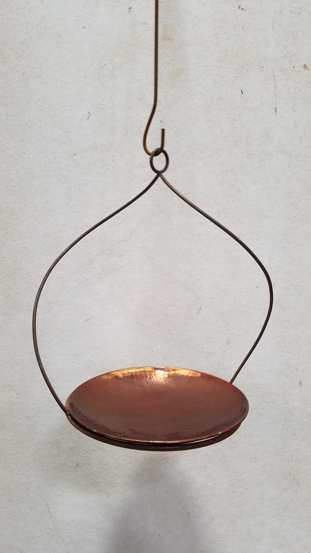 "Twisted Hanging Pot Holder 14 (14TW) Fits 14"" Pot; Pictured with Birdbath 14"" (BB14)"