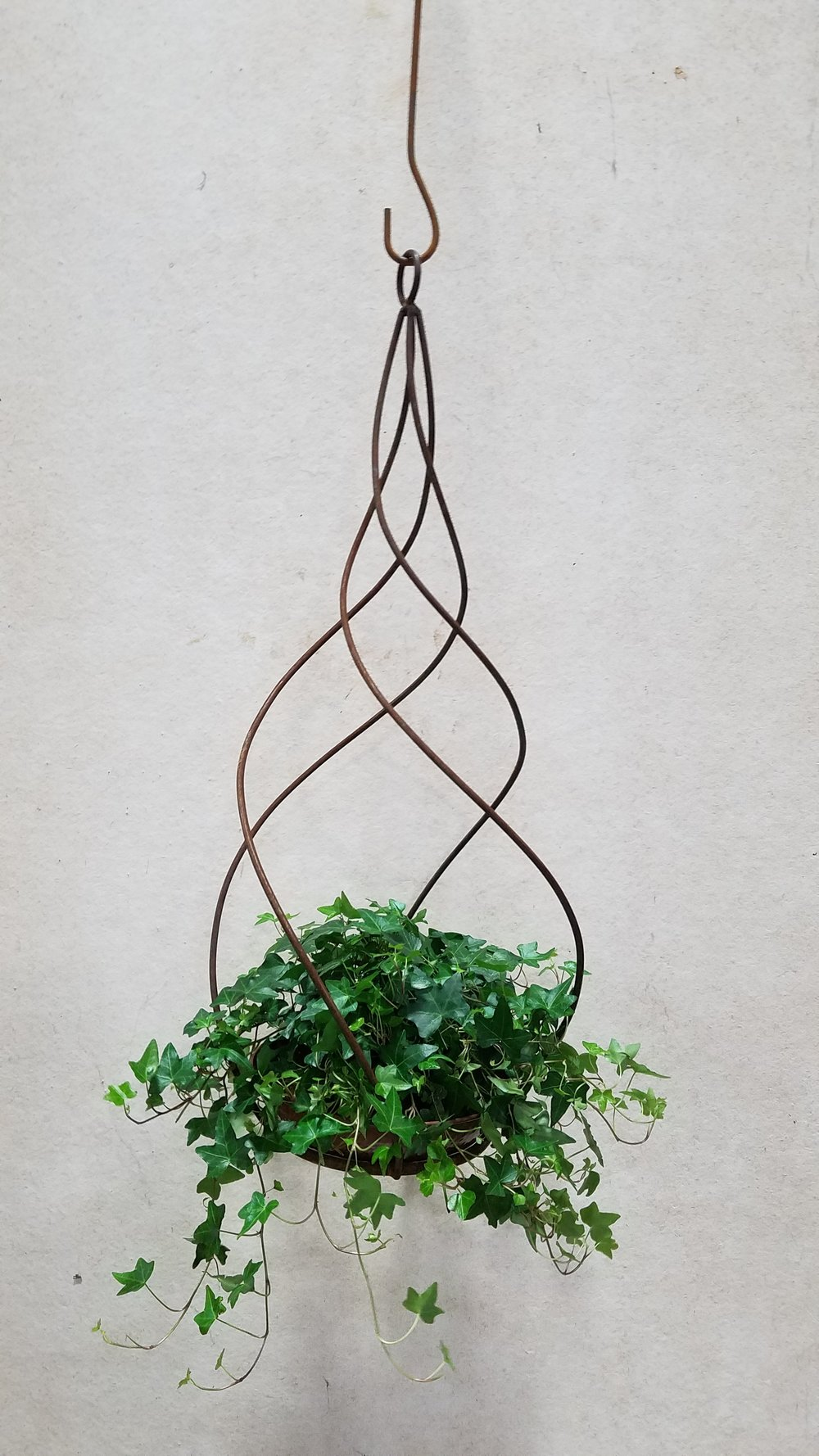 "Hanging Torch Spiral (HTS8) 30"" Tall x 15"" Wide; Holds 8"" Pot or Torch"