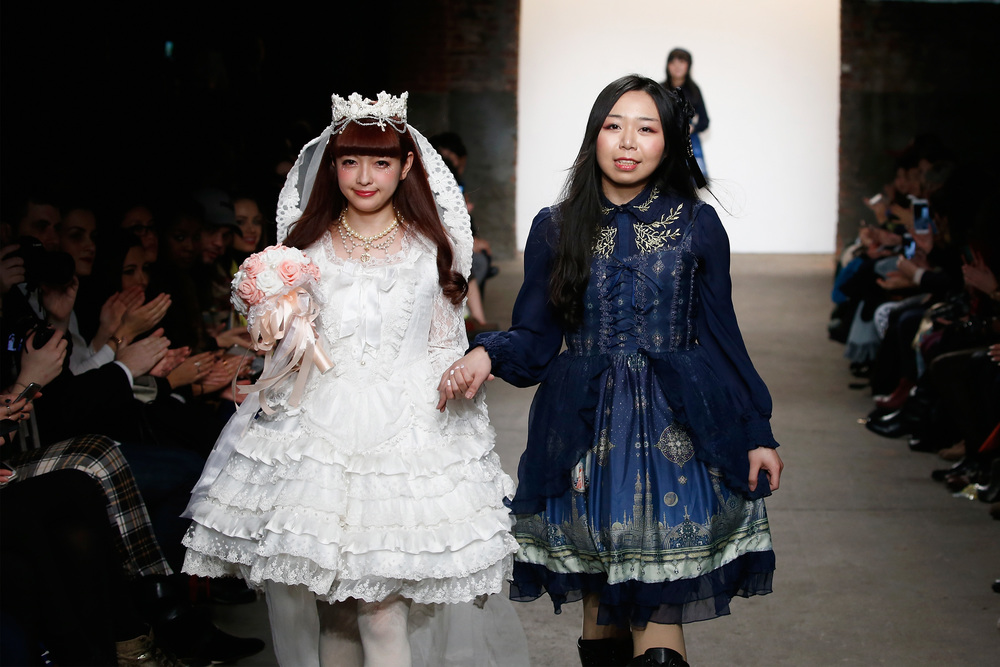 (Model Misako Aoki and Designer Yue Tan)