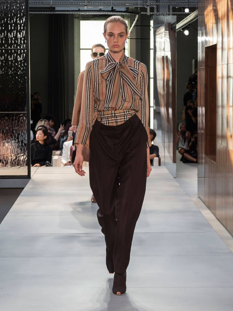 burberry-spring_summer-2019-collection-look-008.jpg