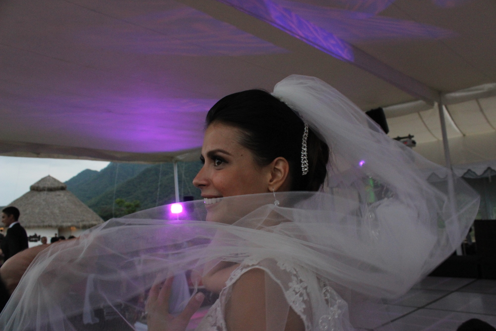 Cynthia, beautiful bride in Ciudad Juarez, Mexico. Amber traveled     Ajijic Mexico     as the hair and makeup    specialist for her wedding.