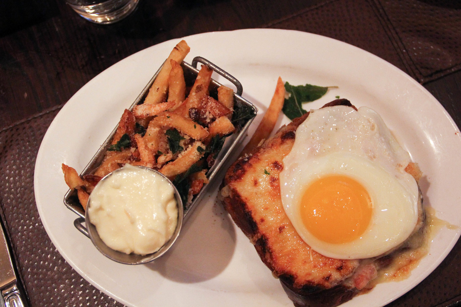 The Best Gift the Easter Bunny Could Bring: Brunch at MET Back Bay