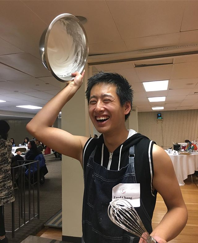 Our Editor in Chief, Fred Chang, demonstrated how to make meringue at our International Culinary Festival today! You know when the meringue is ready when you can flip the bowl upside down and it doesn't fall out 😂 Thanks Fred for the demo!  #Demo #Foodie #TasteBUds #yum #bostonfoodie