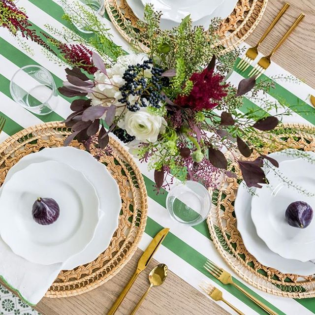 Holiday tabletop goals via @briahammelinteriors and @thehouseofbrookeandlou 🌿  Related PSA: @thehouseofbrookeandlou is offering 20% off their holiday collection through Wed with code JOY20!