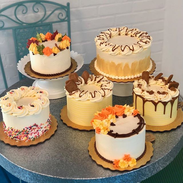 Your fall cakes are ready! We'll be here from noon till 7:00! Xoxo