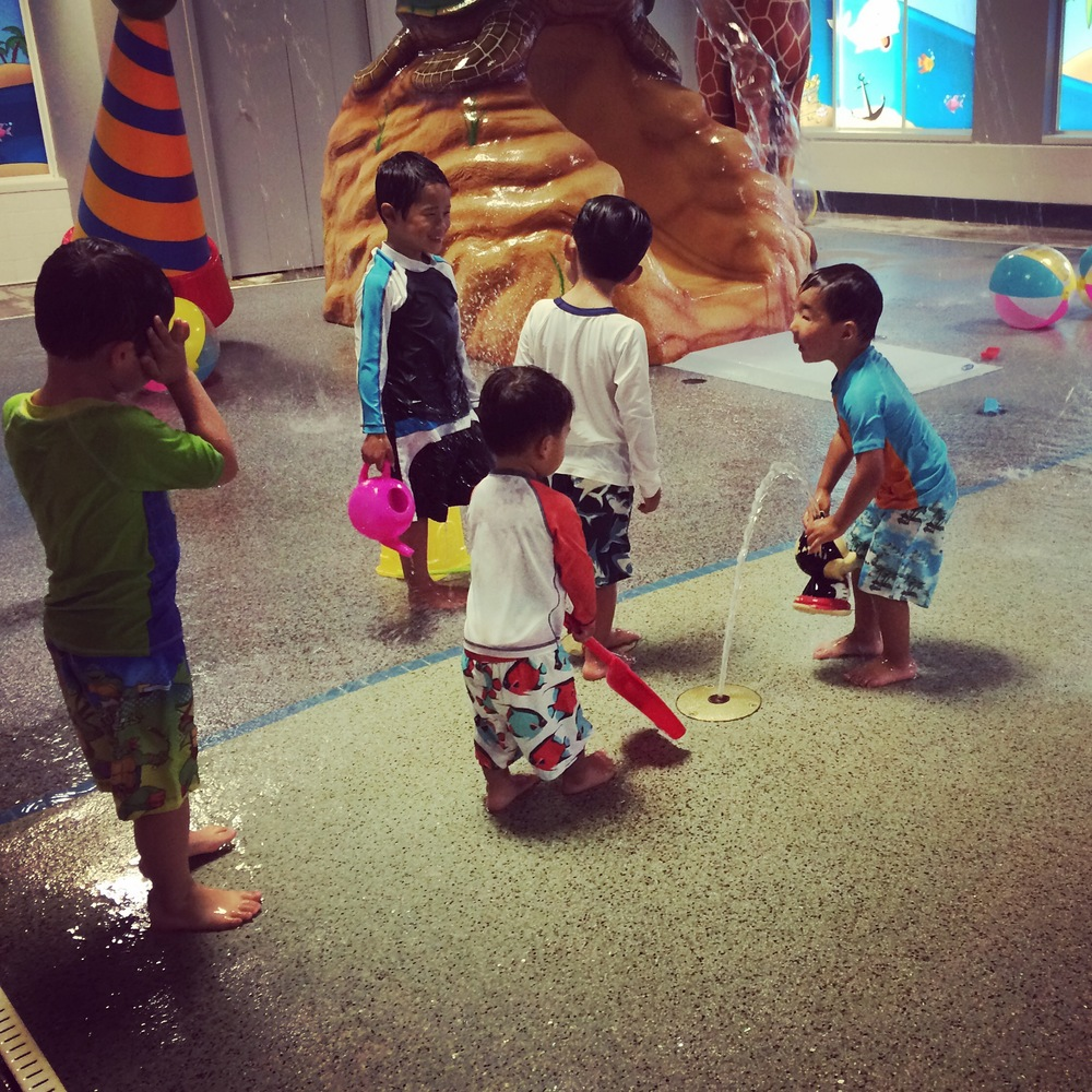 Summer Adventure No. 19: Making new friends at a sweet girl's birthday party! (Also, indoor splash parks are *awesome*)