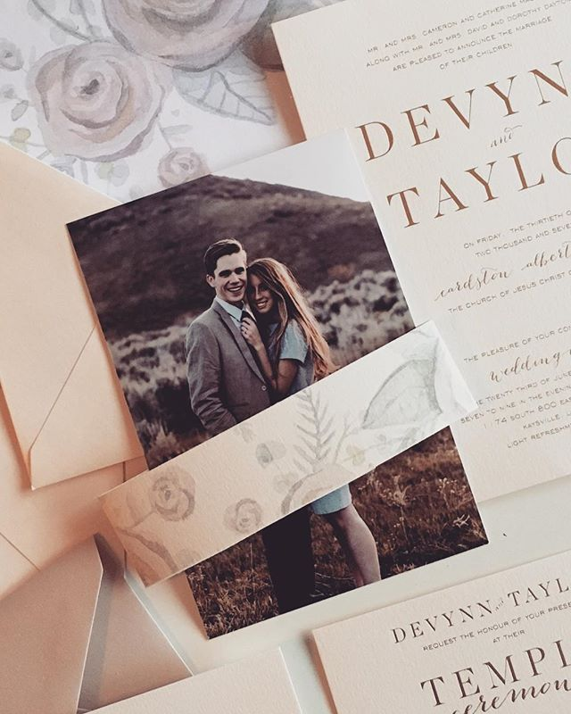 Quick preview of an adorable wedding invite for @devynnmaclennan & @tdayt -- beautiful watercolor by @lexiknilson  The warmed white paper and satin gold foil are 😍😍
