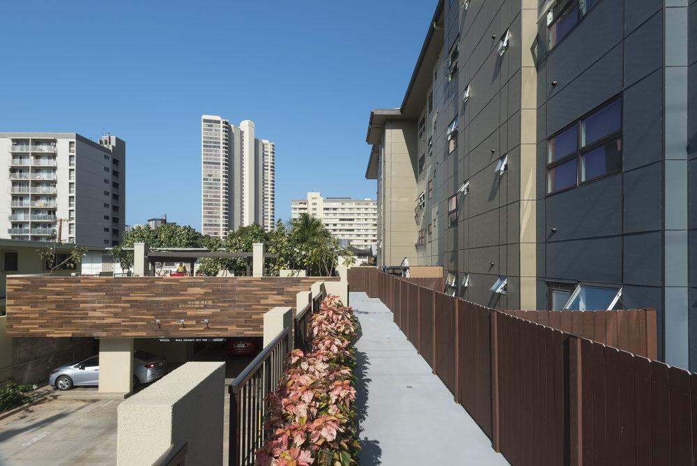 Residence at Makiki_03.jpg