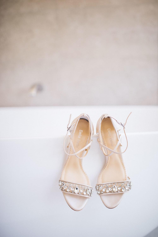 Ann-Marie-Yuen-Photography-Whale-Beach-Wedding-0003.jpg