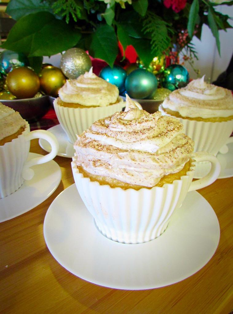 Tea cup mold c/o  Pixics.com