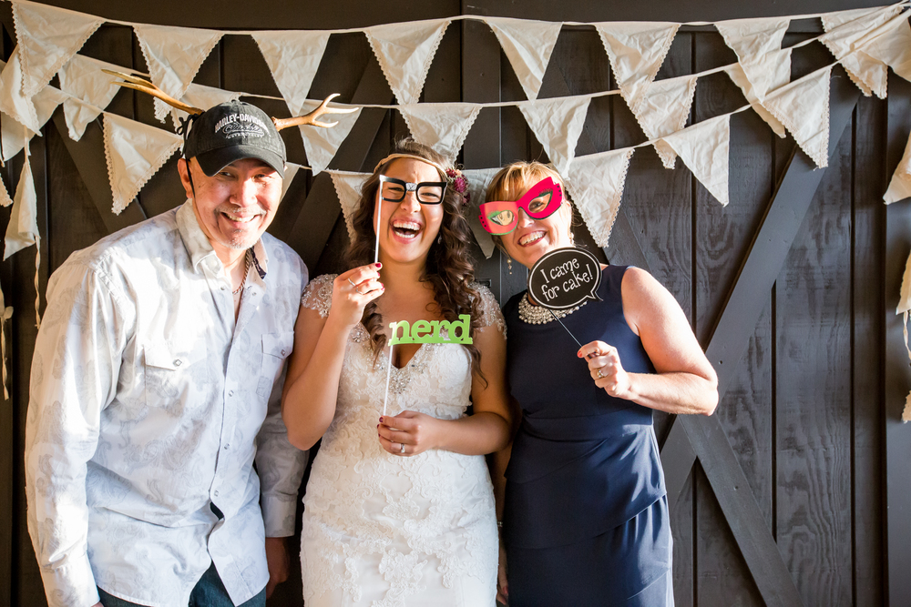 20151011-bandhweddingphotobooth-128 copy.jpg