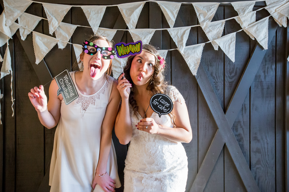 20151011-bandhweddingphotobooth-131 copy.jpg