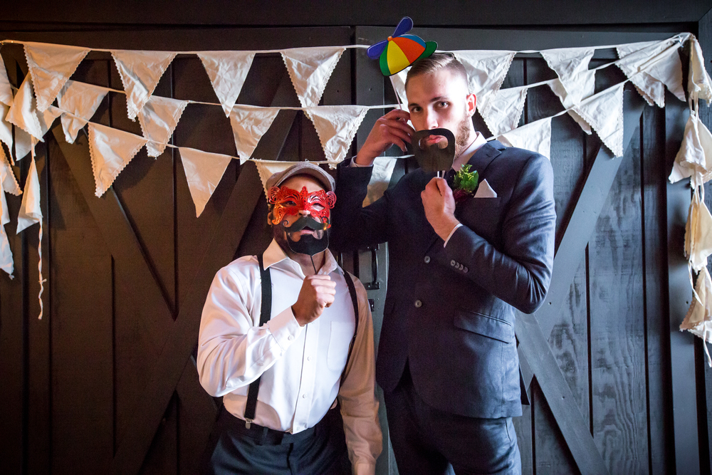 20151011-bandhweddingphotobooth-239 copy.jpg