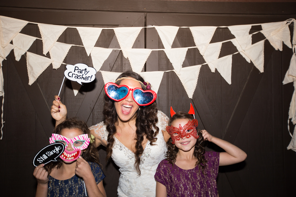 20151011-bandhweddingphotobooth-276 copy.jpg
