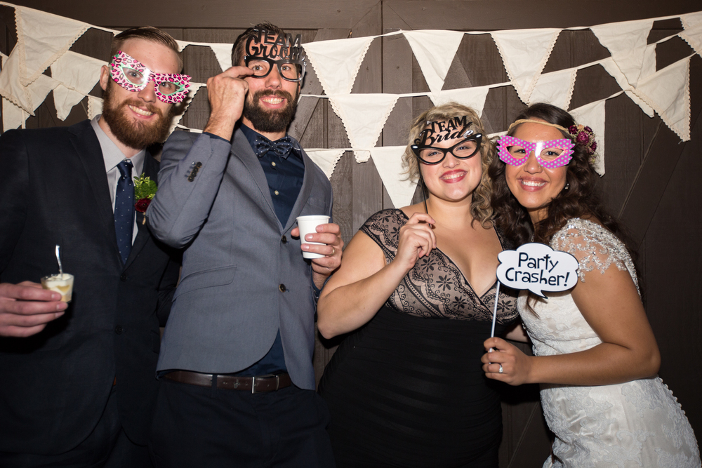 20151011-bandhweddingphotobooth-299 copy.jpg