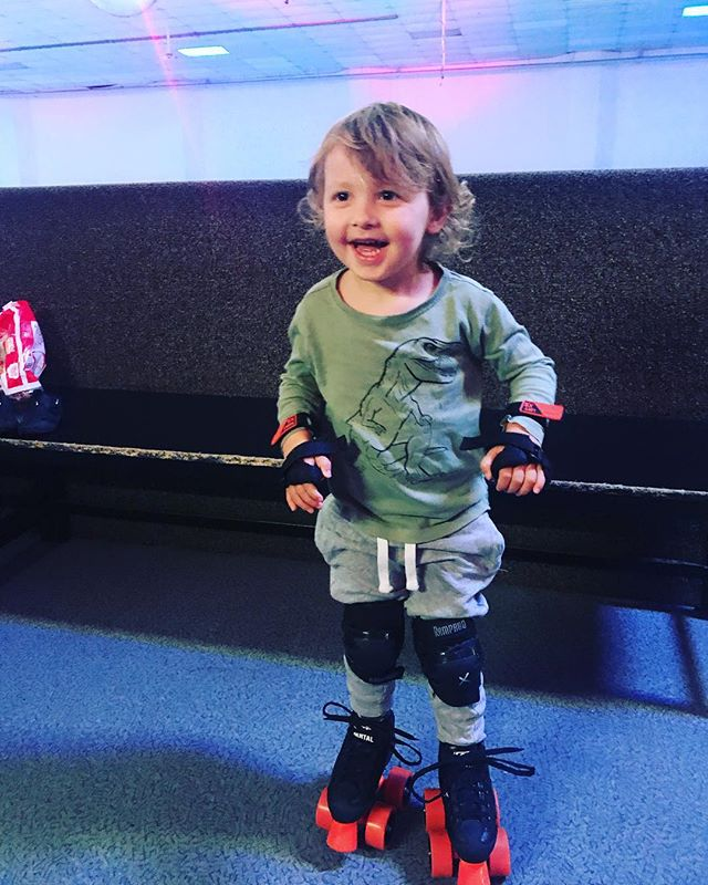 Took this little guy for his first skate today...I almost cried with joy...we finally get to do something that mummy loves 😍😂💕 Thanks @skaterzeltham 😘 #mylittlederbydude #rollerskating #skates #akidslife #funwithmum #mumspassion #iloveskating