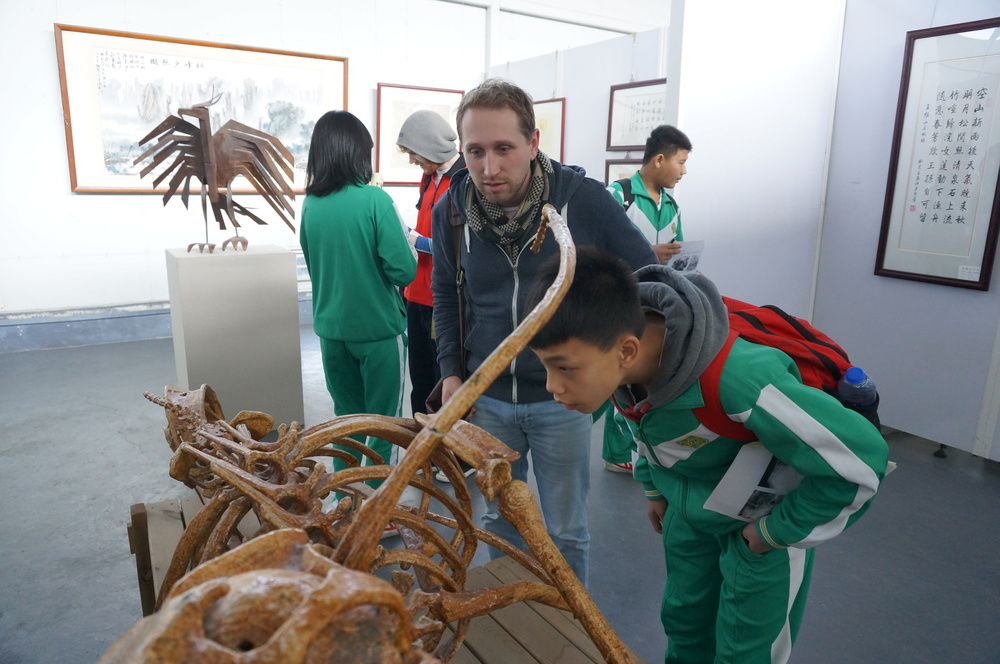 Field trip to an art museum (Nan Hai Middle School students)