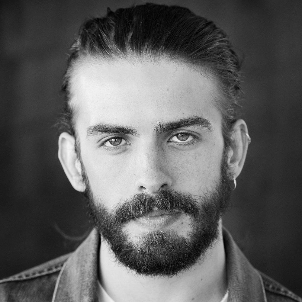 Ross Kernahan - Algernon Montcrieff