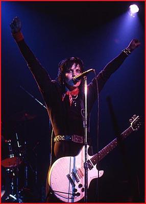 Joan Jett - Tower Theatre - Feb 17, 1985 Photo Ron Akyiyama