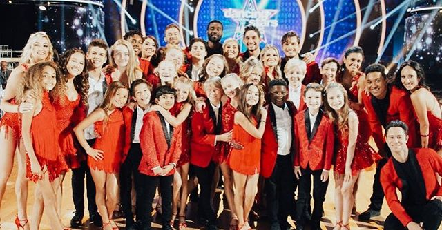How many of you tuned into @dancingabc last night?! So fun to see CS students and CS Alumni on the show! Can't wait for @dwtsjuniors! Congrats to all! #dwtsjr #dwts #centerstageutah #csballroom