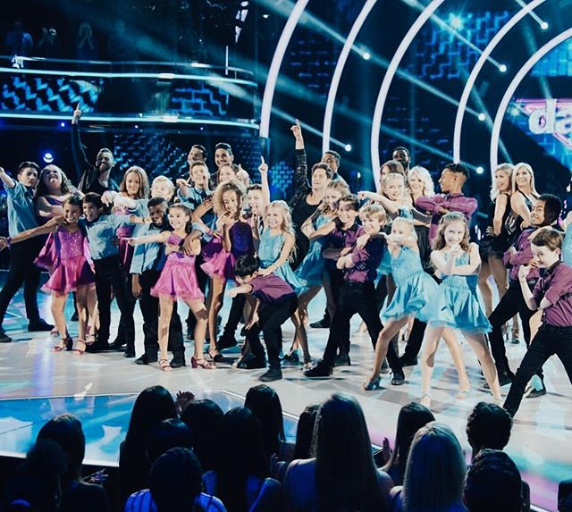 Catch all your favorite Utah Ballroom dancers on @dwtsjuniors right now!! Who is pumped 👏🏻to see our CS dancers on the show?! Tell us your favorite ballroom dance style in the comments! #dwtsjunior #dwts #centerstage #csballroom